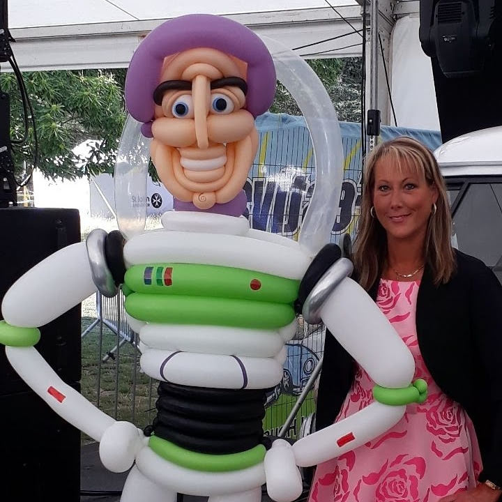 Betty Balloon with Balloon Buzz Lightyear
